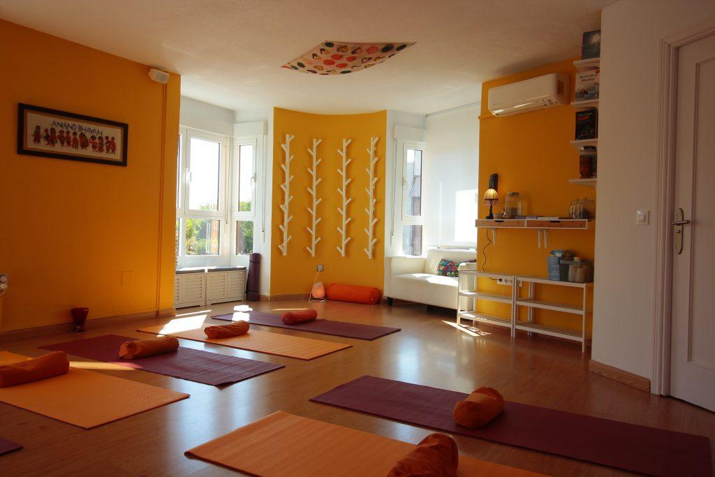 Escuela de Yoga Pinto